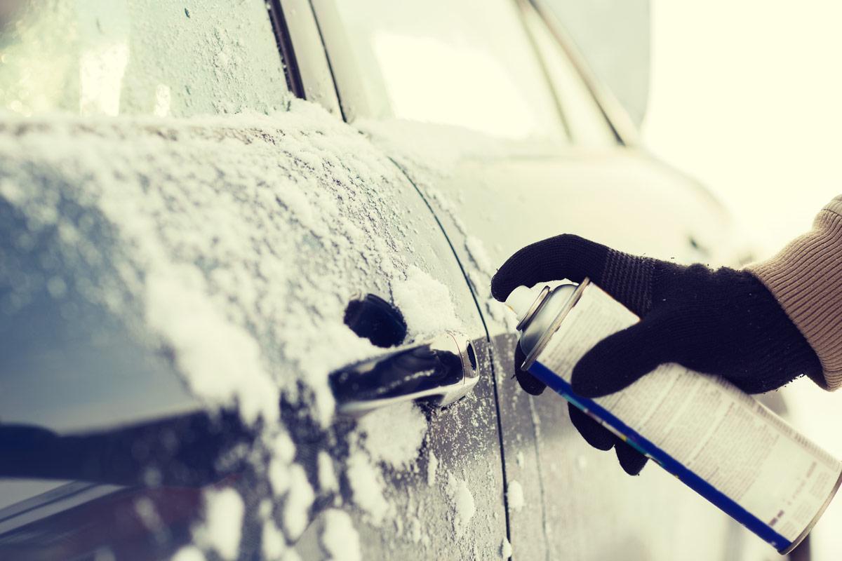 Common Winter Car Problems frozen door handle