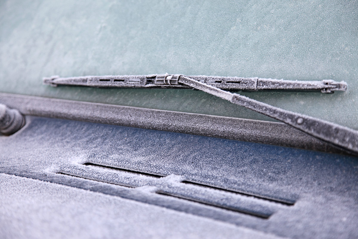 Common Winter Car Problems frozen windshield and wipers