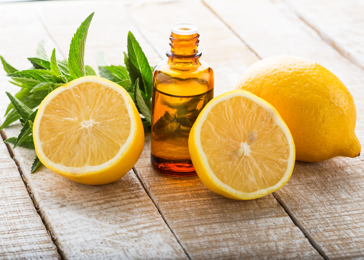 Citrus Essential Oils Remove Hard Water Spots
