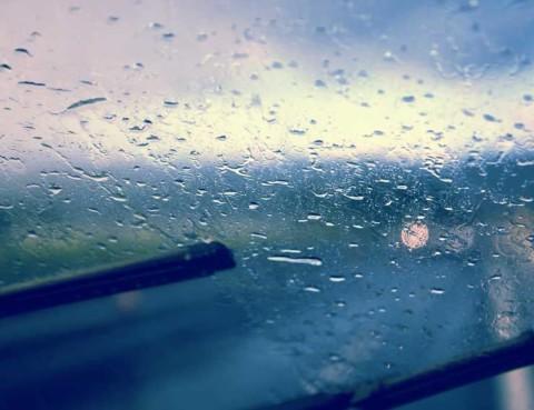 Windshield Wipers Smearing Rain
