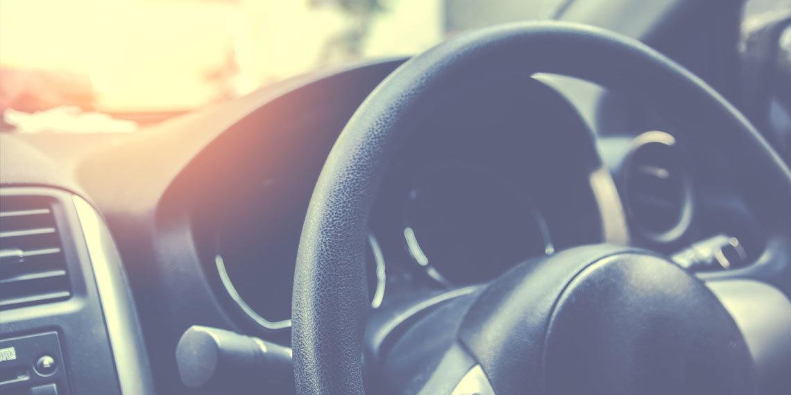 cleaning steering wheel