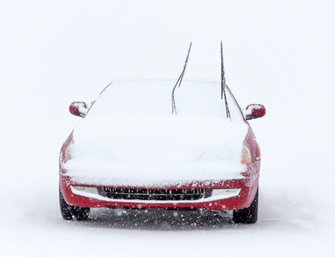 Should I Lift my Windshield Wipers Before a Snowstorm?